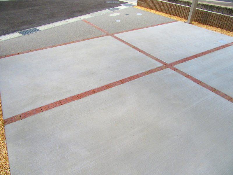 コンクリート刷毛引き仕上げの画像